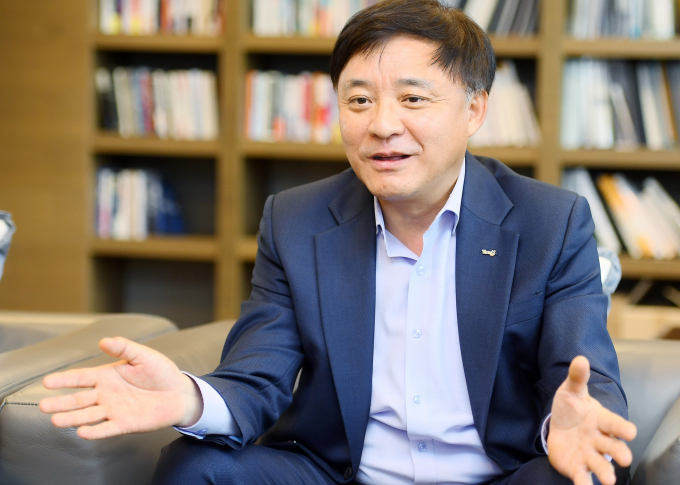 Korean Teachers' Credit Union CIO Kim Ho Hyun during an October interview with KED