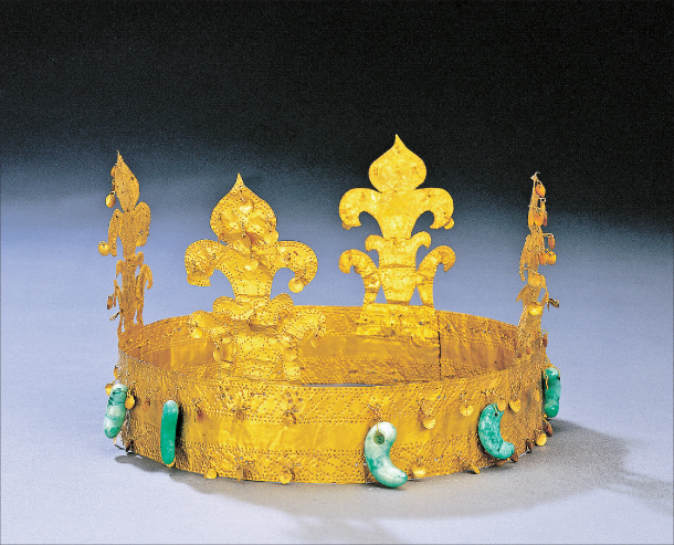 Gold Crown from Goryeong, a part of South Korea's 138th national treasure
